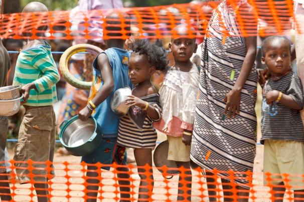 Dostop do hrane in čiste pitne vode je v Afriki velika vrednota. (Vir: UNICEF/ Esteve)