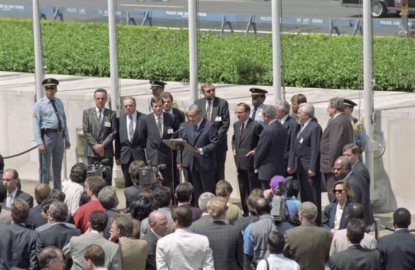 Slovesnost ob sprejetju Slovenije v OZN, New York, 22. maja 1992 (Vir: UN Photo)