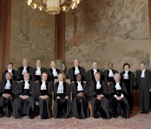 Sodniki Meddržavnega sodišča v Haagu (Vir: spletna stran Meddržavnega sodišča v Haagu)