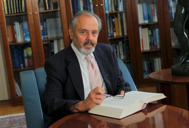 dr. Ernest Petrič (Vir: osebni arhiv)